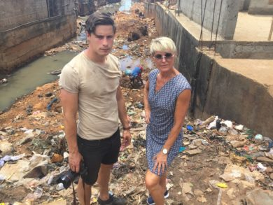 Verden drukner i affald